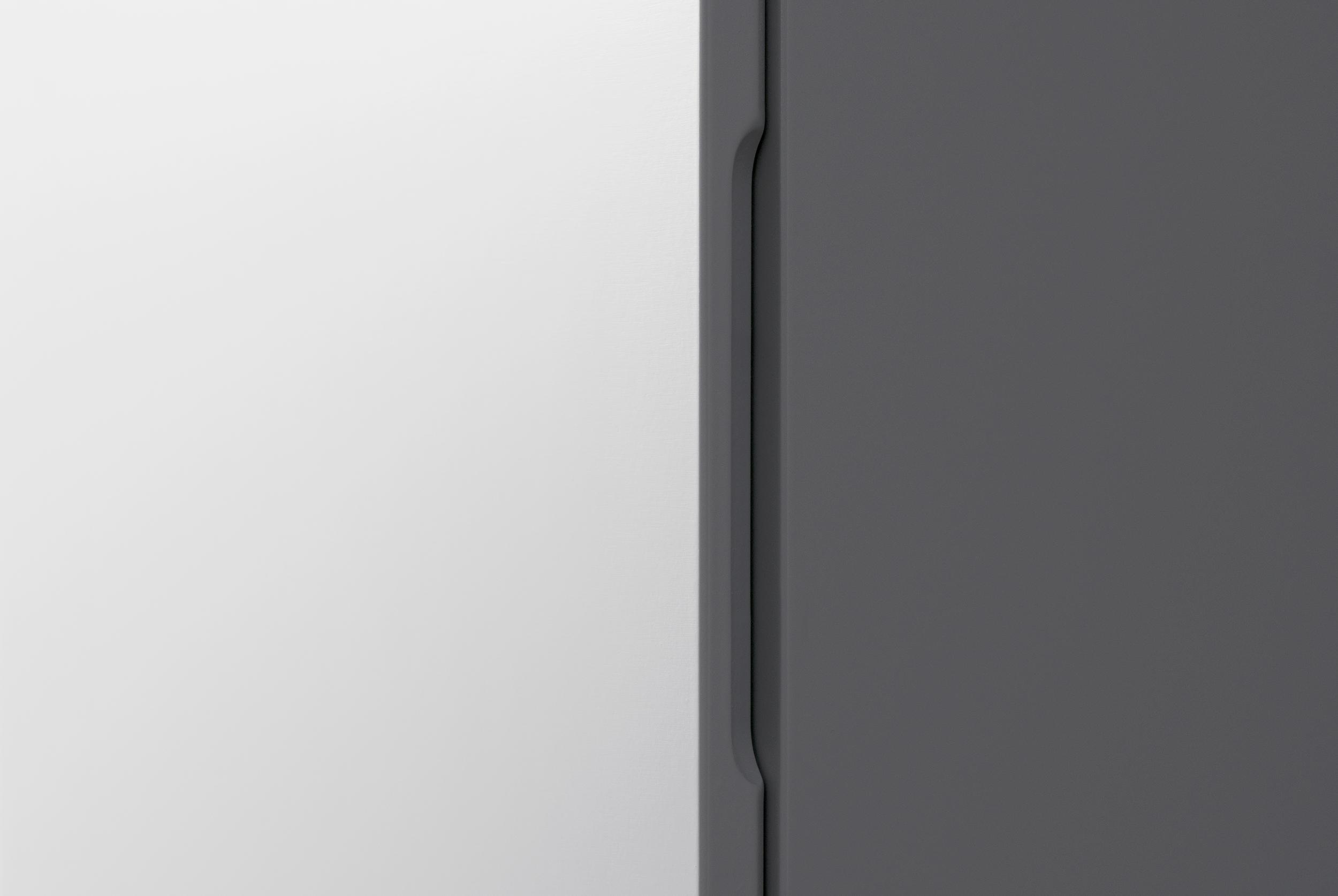A högskåp 300*1600, med hyllor   aspen